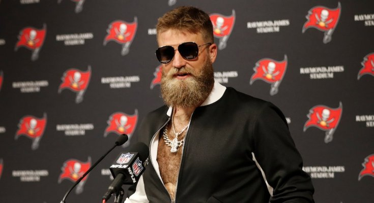 Hue Jackson fired and FitzMagic returns